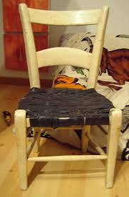 rempailler une chaise rempailler une chaise avec des vielles chambres à air