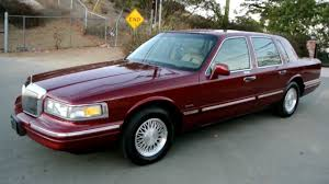 1997 lincoln town car 1 owner 83k orig miles car guy a used