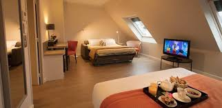 chambre 4 personnes chambre familiale 4 personnes hôtel 4 étoiles à antony les