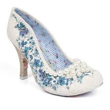 unique wedding shoes something special unique bridal shoes easy weddings uk easy