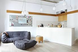 coussin sur canap gris gros coussins canape maison design sibfa com