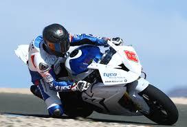 bmw bike 1000rr tyco bmw news martin u0026 dunlop u0027spellbound u0027 with bmw s 1000 rr on