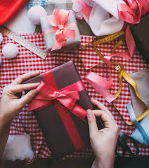 holiday hustle 5 beautiful christmas gift wrapping tips the