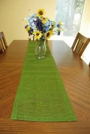more than 100 photos with table runners ideas to decorate the
