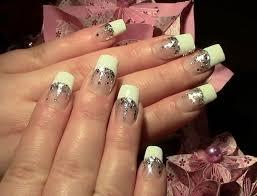 n gel selber designen silver glitter nageldesign schick u einfach selber machen für