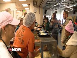 giving back on thanksgiving why other days can more impact