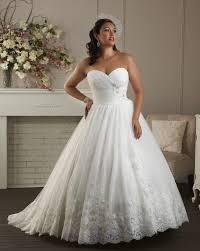 wedding dress for curvy curvy girl wedding dress