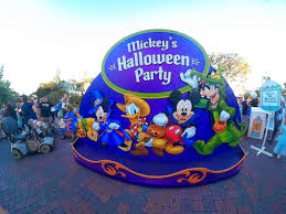 disney sisters mickeys halloween party guide at disneyland what