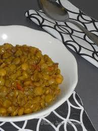 plat a cuisiner simple lentilles à l ail et aux tomates une plume dans la cuisine