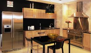 table cuisine chene cuisine fabrimeuble bois chêne clair piano de cuisson smog table