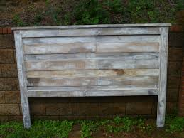 Headboard Made From Pallets Bedroom Pallet Bed Designs Making Furniture Out Of Pallets Bed