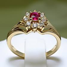 inele aur de logodna din aur cu rubin si diamante 006rbdi