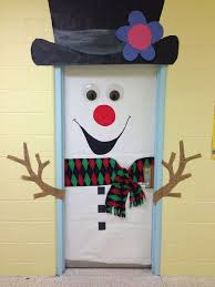 Frosty The Snowman Outdoor Decoration Best 25 Snowman Door Ideas On Pinterest Dorm Door Decorations
