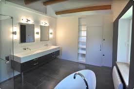 agencement chambre un agencement qui cloisonne une chambre et une salle de bain
