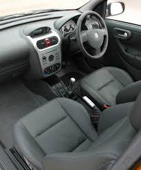 opel vectra 2000 interior vauxhall corsa hatchback review 2003 2006 parkers