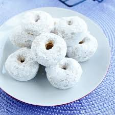 honeycomb sugar doughnuts u2013 a cozy kitchen best 25 powdered donuts ideas on pinterest donut mix funnel