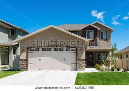 split level garage split level home stock images royalty free images vectors