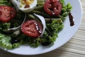 cuisiner des haricots verts frais recette de salade de haricots verts tomates et radis noir la