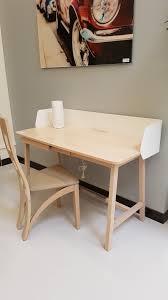 bureau contemporain bois massif bureau contemporan pieds traitaux en chêne et métal laqué