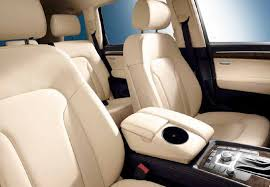 how many seater is audi q7 audi q7 7 seater cars