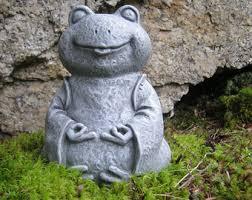 garden frog statue etsy
