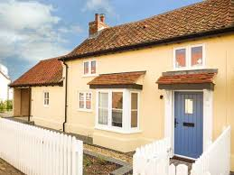 Suffolk Cottage Holidays Aldeburgh by Daisy Cottage Friston East Anglia Self Catering Holiday Cottage