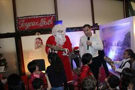 foreign embassies in hanoi celebrate christmas