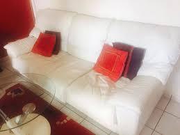 canape cuir blanc canapé cuir blanc 3 pkaces 2 fauteuils annonce meubles et