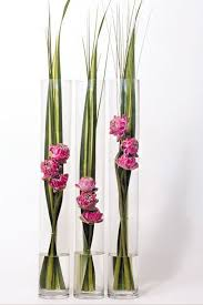 Big Glass Vases For Centerpieces by Best 25 Glass Cylinder Vases Ideas On Pinterest Floating Flower