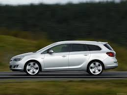 vauxhall astra sports tourer 2011 pictures information u0026 specs