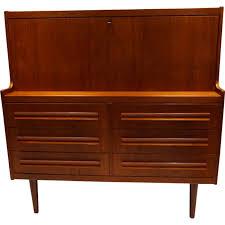 bureau scandinave vintage grand secrétaire bureau scandinave vintage en teck 1960 design
