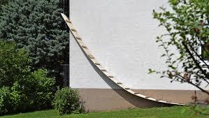 katzenleiter balkon kunst am bau seelbach badische zeitung