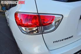 nissan pathfinder hybrid 2014 2014 nissan pathfinder st review video performancedrive