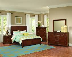 Bassett Bedroom Furniture S Blonde Bedroom Set Worthopedia S - Discontinued bassett bedroom furniture