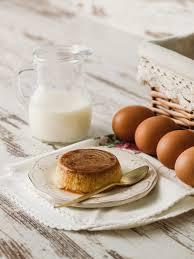 cuisine avec des oeufs recette œufs au lait ou fiaune