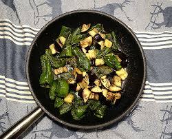 comment cuisiner une aubergine cuisine comment cuisiner l aubergine high definition