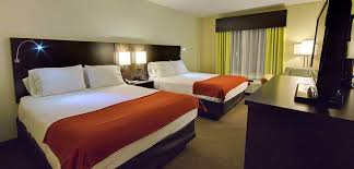 2 Bedroom Suites In Tampa Florida Tampa Florida Hotel Rooms U0026 Suites Holiday Inn Express Hotel