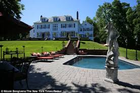 where is rushmead house usa money pit no more house from tom hanks classic renovated and on