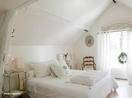 chambre contemporaine blanche chambre rustique blanche idées de décoration capreol us