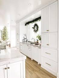 zurich white kitchen cabinets 48 granger farmhouse kitchen ideas in 2021 kitchen