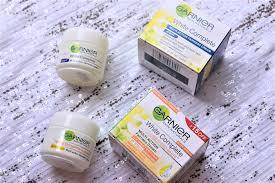 Serum Vitamin C Garnier garnier white complete multi fairness day