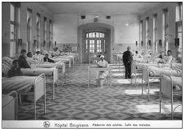 chambre hopital psychiatrique la baignoire le lit et la porte la vie sociale des objets de la