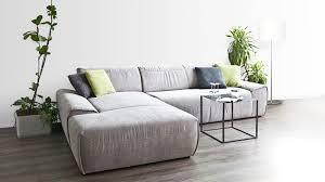 stoff sofa reinigen ledersofa reinigen kinderleicht mit tipps westwing