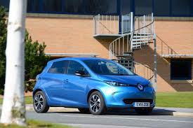 renault zoe renault zoe z e 40 review greencarguide co uk