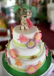 green bay wedding dresses hawaiian wedding cakes heart shaped