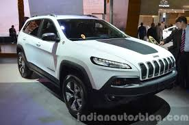 jeep trailhawk 2015 jeep cherokee trailhawk front three quarter at the iaa 2015