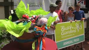 Busch Gardens Family Package Busch Gardens Williamsburg Welcomes 100 Millionth Guest Youtube