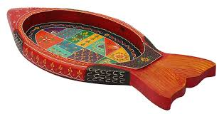 wholesale handmade 24 u201d wooden serving tray in orange colored fish