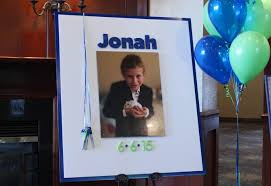 bar mitzvah sign in boards photo sign in boards balloon artistry