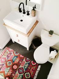 Rug For Bathroom Floor Trend Alert Rugs In The Bathroom Rustic White